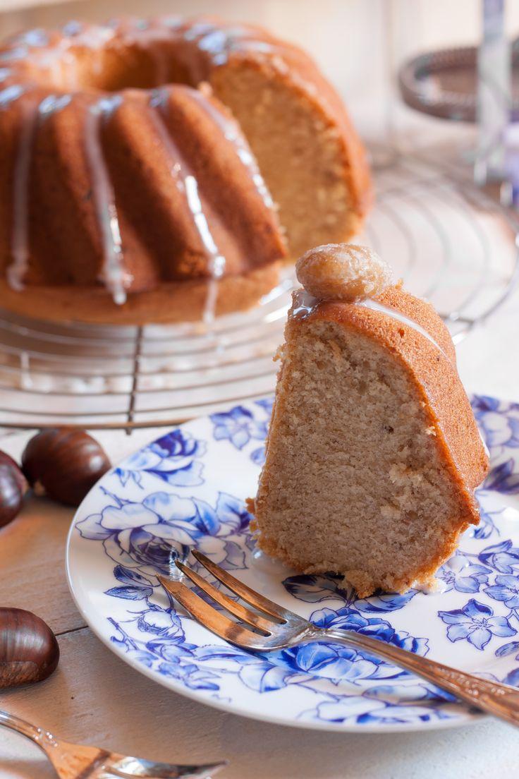 J'ai toujours adoré les gâteaux cannelés en forme de couronne. C'est une forme très répandu en Allemagne mais le «Bundt Cake» à proprement parlé nous vient des E…