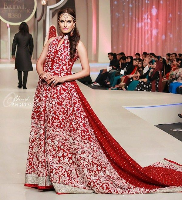 Pakistani Model Nadia Hussain At Pantene Bridal Couture Week 2013