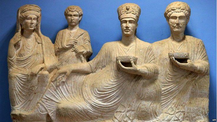 Statue of a rich family - Palmra (file photo)