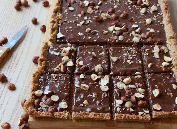 Zobacz, jak przygotować sprawdzony przepis na Mazurek czekoladowo-orzechowy a'la Ferrero Rocher. Wydrukuj lub pobierz PDF z przepisem.