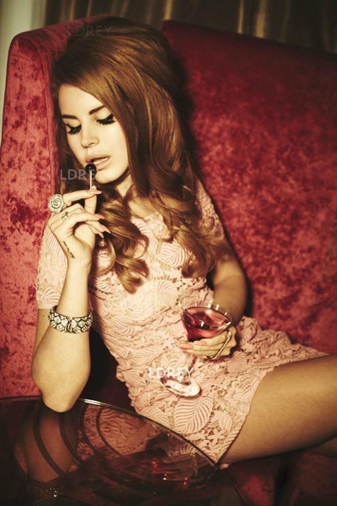 Lana Del Rey for Italian VOGUE