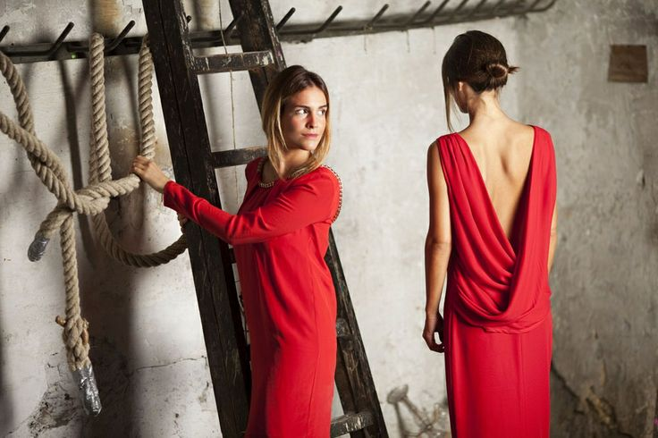 Red dres by Biombo