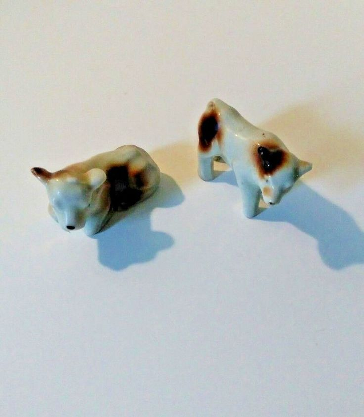 2 small cow porcelain figurines, shadow box figurines, vintage 1960s