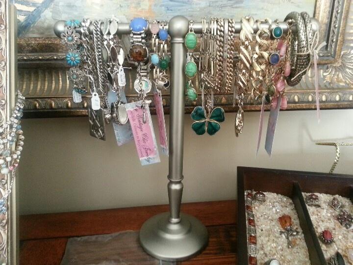 32 best shabby chic jewelry display ideas images on pinterest rh pinterest com