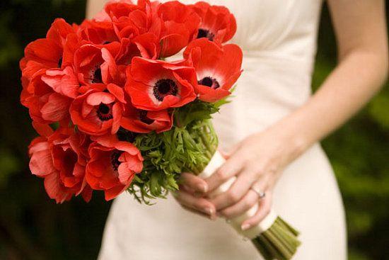 Bouquet de noiva com papoilas