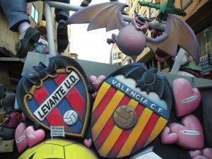 Football club shields made by me, in the falla Sant Vicent - Periodista Azzati de Valencia, 2009