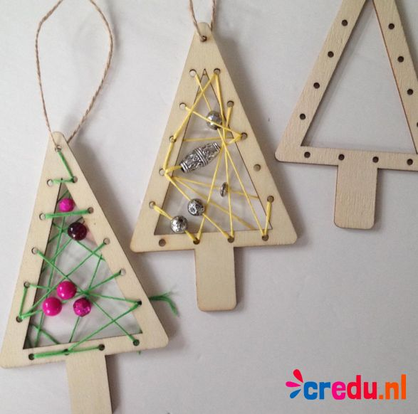 Houten borduurhanger kerstboom - http://credu.nl/product/borduurhanger-kerstboom/
