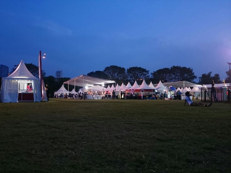 Countdown Asia Festival food court