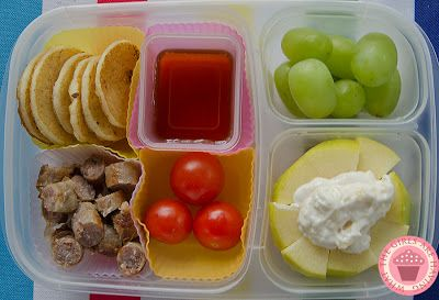 This Blog has over 400 kids bento lunch ideas and counting! #whatthegirlsarehaving
