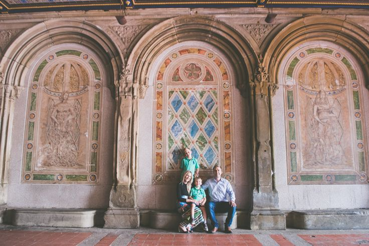 A family adventure in New York City is never complete without time spent in Central Park... ... Travelshoot can capture those moments of discovery with a beautiful family holiday photoshoot that will put those touristy selfies to shame!