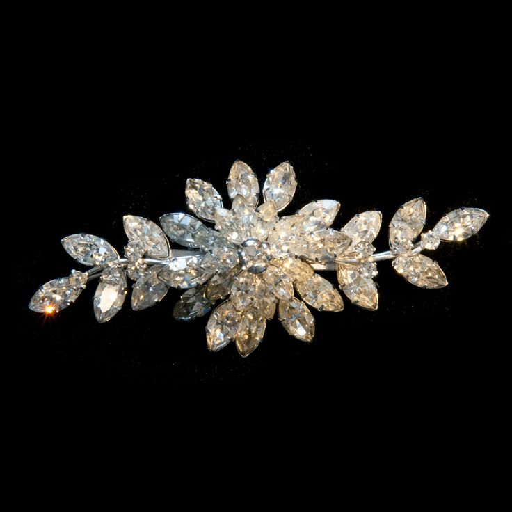 Clear Mothers Day Floral Brooch