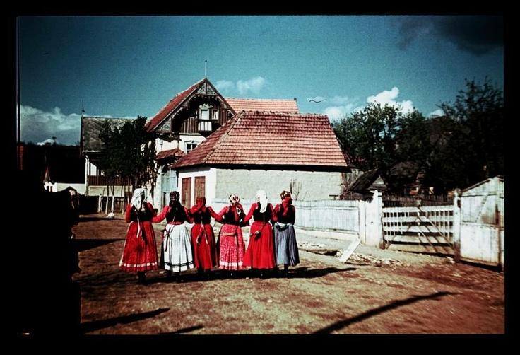 From Kalotaszeg, Kalotaszentkirály.