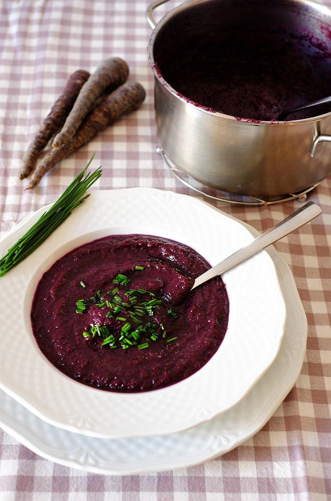 Vellutata di carote viola allo zenzero - Purple carrots ginger soup