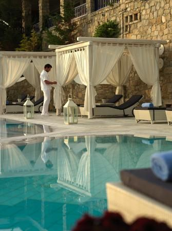 poolside cabana | Pool Cabana - Picture of Mykonos Grand Hotel & Resort, Agios Ioannis ...