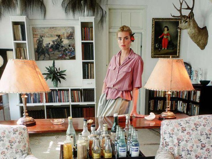 Margaux Hemingway dans la maison de son grand-père Ernest Hemingway à La Havane en 1978 - Vogue Paris