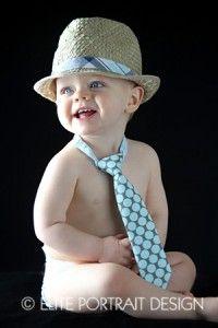 Another super cute photo idea for boys via @eliteportraitdesign
