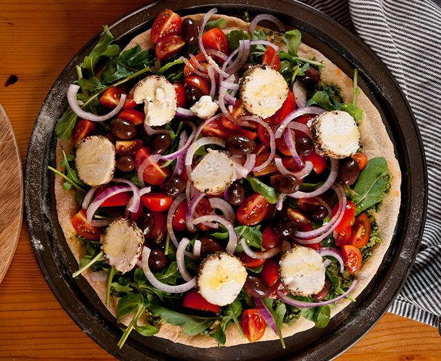 Pizza al Pesto, Rúcula y Tomates Cherry