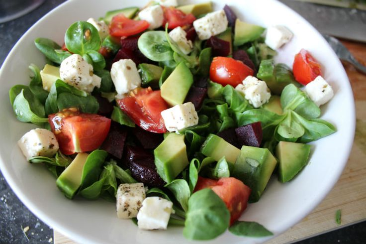 Simpele salade met feta eetclean.nl