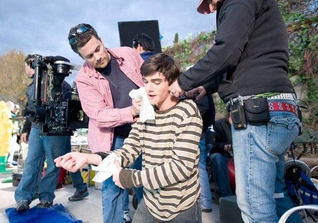 """35 Pictures That Will Change The Way You Look At """"Breaking Bad"""" - Walt Jr. getting a touch-up"""