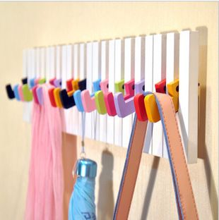 Piano Key Design Wall Hook Wooden Wall Hanger Coat & Hat Hook Wall Storage Rack with 16 Keys Wall Decoration Hot Selling! W1035-in Storage H...