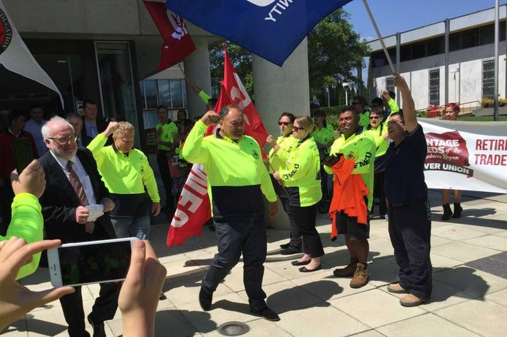 Posted by John, December 15th, 2015 - under CFMEU, Australian Federal Police. Comments: 4 CFMEU organiser John Lomax after the blackmail charges against him were dropped. The question of the overze... http://winstonclose.me/2015/12/18/police-on-building-sites-written-by-john-passant/