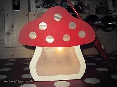 25 einzigartige fliegenpilz ideen auf pinterest weihnachtliche pflanzt pfe f r drau en. Black Bedroom Furniture Sets. Home Design Ideas
