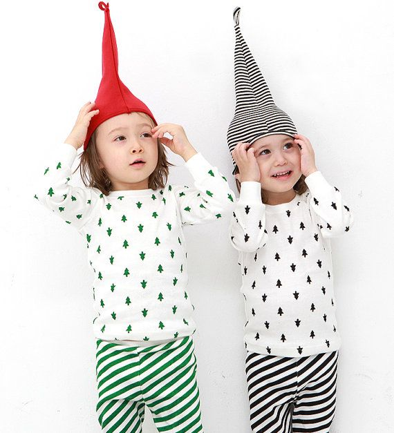 kids Christmas pajamas-Christmas tree and Striped by hellodearkids: