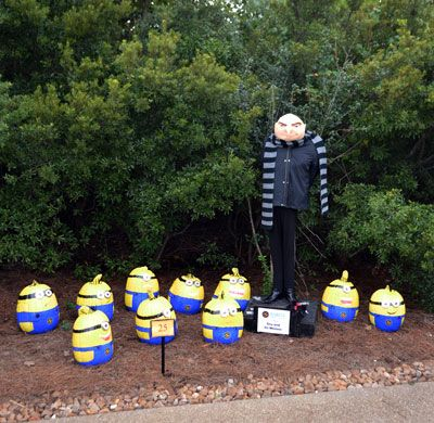 25-Sabine-FCU---Minions-and-Gru