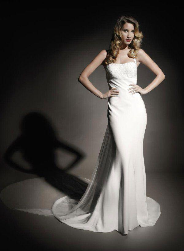 Платье атласное в пол фото