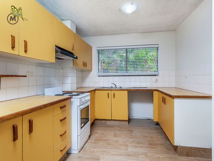 Very orange kitchen! How would you renovate this? #Chermside #realestate #renovation #kitchen