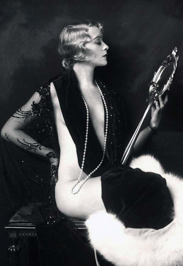 I love vintage photos: Cheney Johnston, Mirror Mirror, Alfred Cheney, Ziegfeldfolli, Jazz Age, Ziegfeld Crazy, 1920S, Ziegfeld Girls, Photo