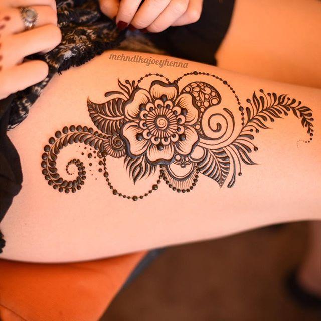 Thigh henna