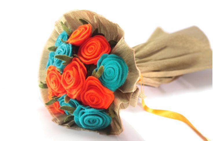 RAMO DE ROSAS NARANJA Y TURQUESA  #ramo #rosas #blum #naranja #turquesa #felt #fieltro