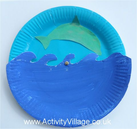 Paper plate diving dolphin