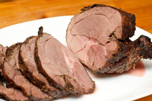 ... Food News | Easy Garlic Roast Leg Of Lamb With Rosemary and Parsley