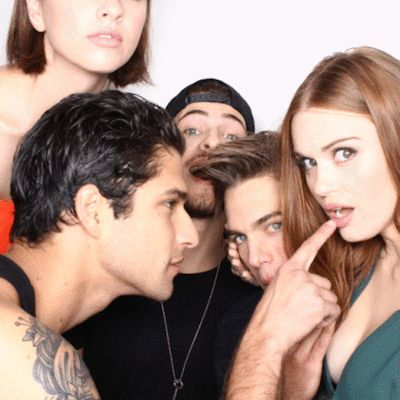 The cast of Teen Wolf are loving our Tumblr GIF booth in the EW Comic-Con studio! - Entertainment Weekly gif
