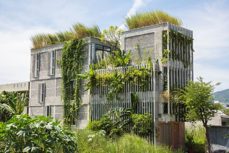 Completed in 2016 in Sơn Trà, Vietnam. Images by Hiroyuki Oki. Children from centuries in the past until now were born and raised in the countryside without many amenities and little money. These are now...