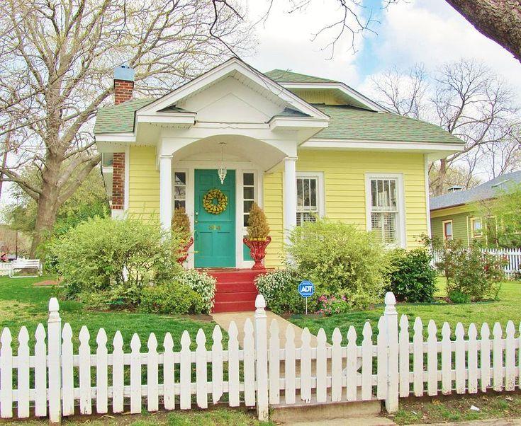 yellow cottage house - Căutare Google
