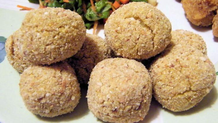 Come preparare Polpette di miglio patate e zucchine col Bimby della Vorwerk, impara a preparare deliziosi piatti con le nostre ricette bimby