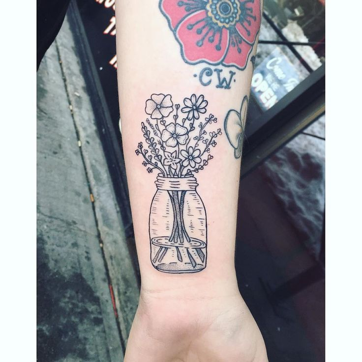 Little wild flowers in the jar on the side of the wrist for Jordyn, thanks again…
