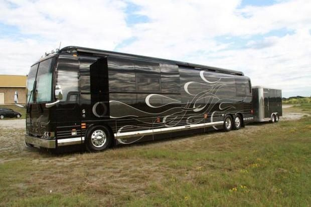 Go back gallery for band tour bus exterior gorgeous for The motor coach outlet burleson tx