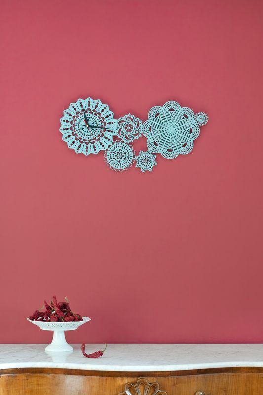 Doilie wall clock
