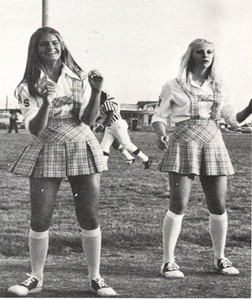 Fort Worth Southwest High School 1977 Cheerleaders (texasretrocheer2) Tags: white socks high shoes cheerleaders 70s cheerleader 1970s knee saddle kneesocks saddleshoes whitekneesocks