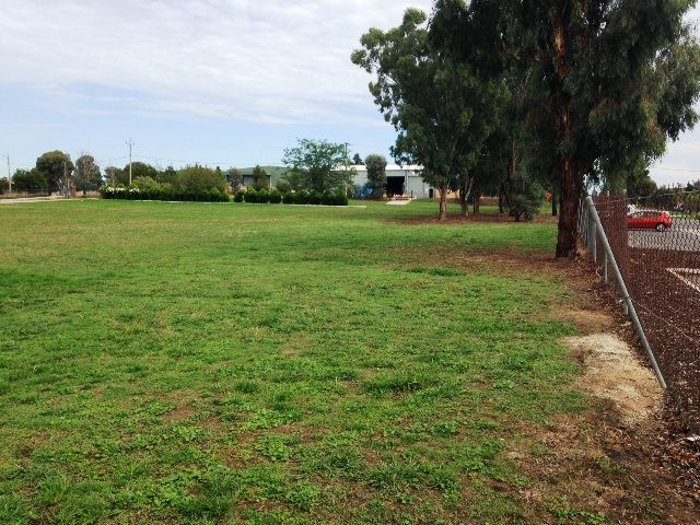 111 Catherine Crescent, Lavington NSW  2641 - For Sale