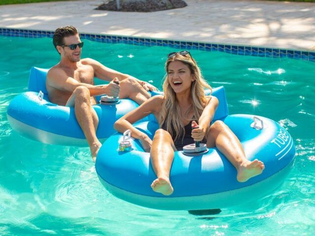 Amazon Is Selling A Motorized Pool Float That Lets You Effortlessly Move Around The Water In 2020 Pool Tube Pool Float Pool Floats