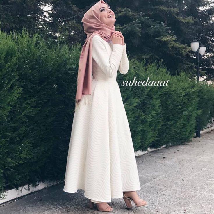 @suhedaaat ~~~~~~~~~~~~~~~~~~ FOLLOW @hijabstyleicon #tesettur#hijabfashion #hijabstyle #hijabbeauty #winter #hijabvideod #hijabstyleicon # #hijabmurah #hijabinstan #beautiful #hijabmurah #hijabers #hijabtutorial #hijabvideo #ksa #qater #oman #egypt #turkey #uk #usa