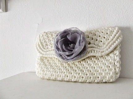 crochet clutch  pattern please I would love to make some of these for my sons weding for the girls it will make for a nice gift will put some items in side but its the nicest I have seen, and we don't have much money so this would keep us at an ok ,  so please can you think about it and then just post to my site thanks so much