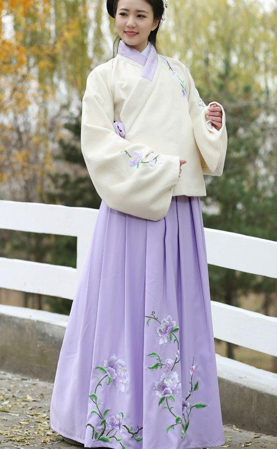 Lavender Ming Dynasty Aoqun Dress
