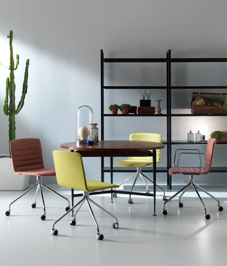 Rudy by QUINTI. A Multipurpose seating for community, office, residential and hotel environment.