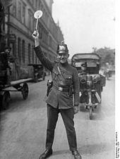 Schutzpolizei (Weimarer Republik) – Wikipedia